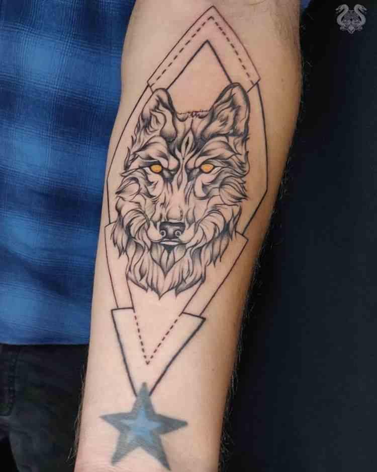 sabbys-tattoo-studio-tiger-arm-koregaon-park